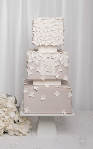 hydrangea square wedding cake