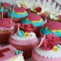 festival hen do cakes cupcakes