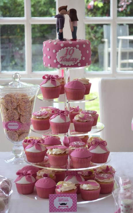 Justin Bieber Cake cupcake tower