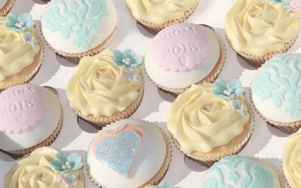 Prom Flowers Cupcakes