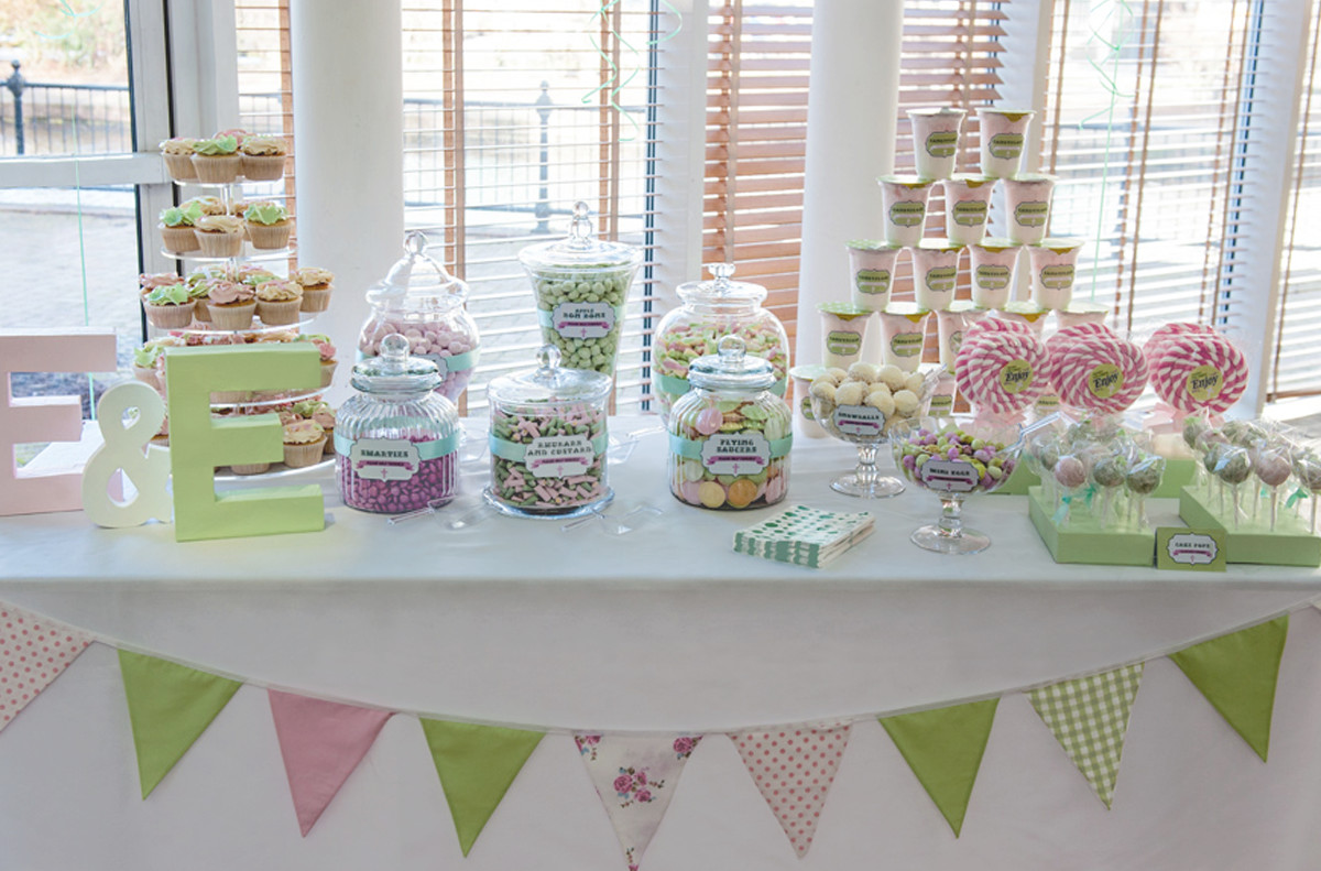 candy buffet sweet table green