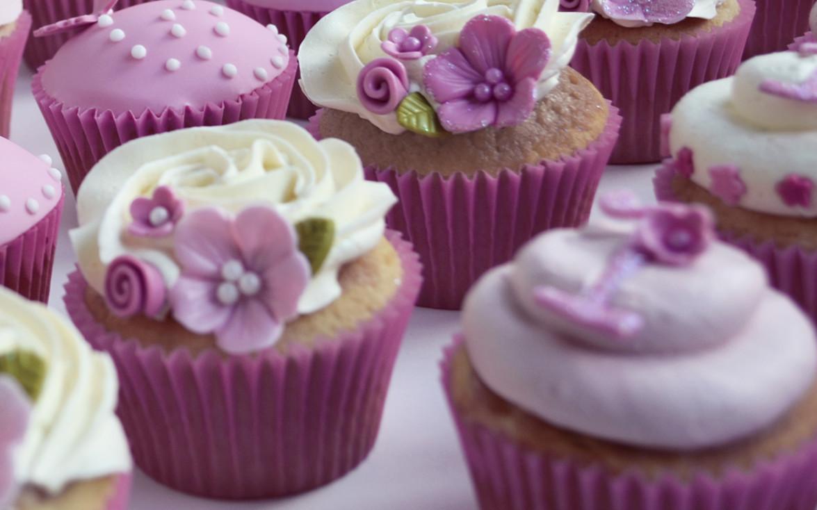 Girls 1st Birthday Cakes