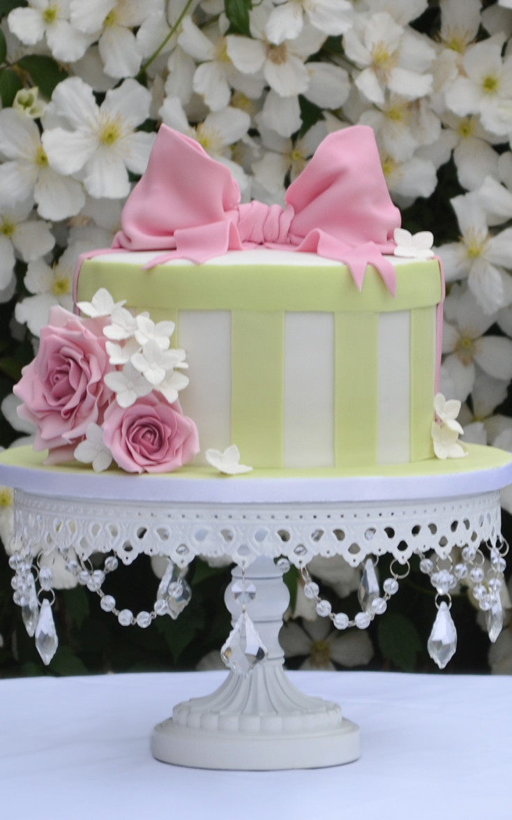 21st Cake Vintage Hatbox Cake Bespoke Cakes For All