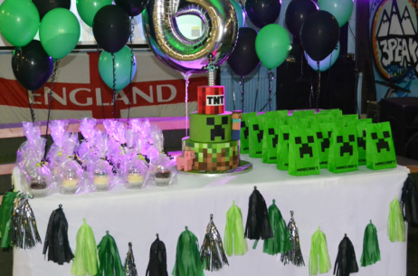 candy buffet sweet table minecraft
