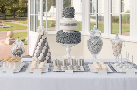 candy buffet sweet table