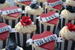 tattoo Wedding Cupcake Favour