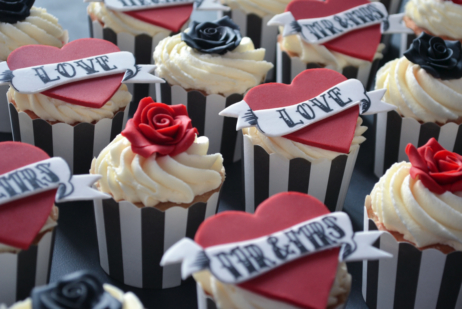 tattoo Wedding Cupcake Favour