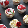 valentines-day-cupcakes-close-up