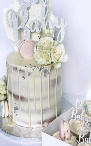 gender reveal cake, drip cake