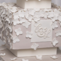 hydrangea wedding cake close up 1